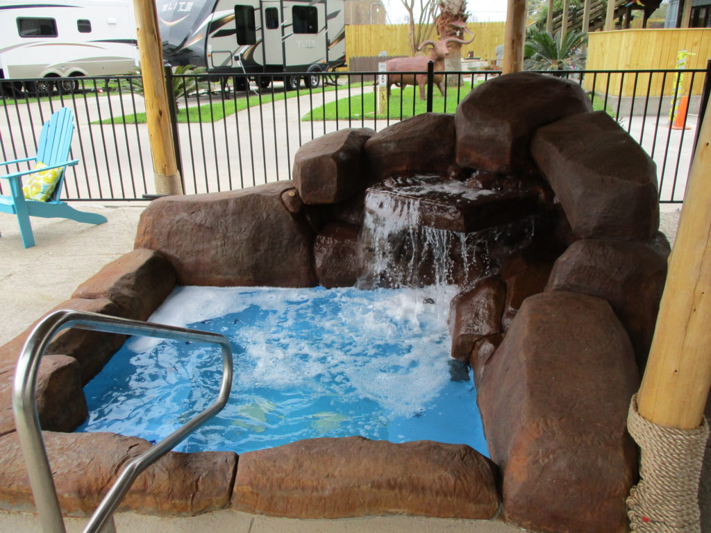 Hot Tub - Victoria IMG_0402